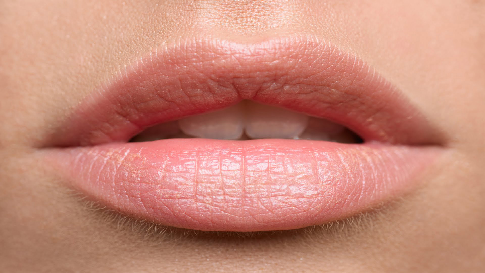 inside-out-kapellen-permanente-make-up-full-lips